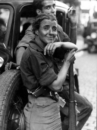 00_miliciana-a-su-llegada-a-toled_23-de-julio-de-1936