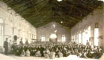 Alpargateros de la fábrica de fábrica de Calpena Hermanos y compañía El Día, 1919