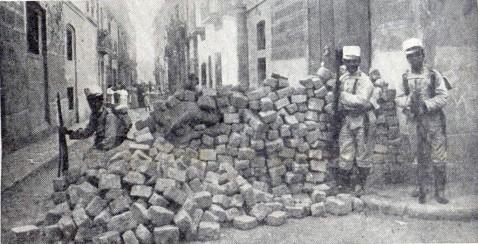Barricada_Barcelona julio 1909_Arxiu Mas_Destino 30-09-1939
