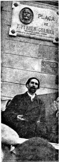 CENU_Puig Elias_Inauguración plaza Francisco ferrer_Urquinaona_1937