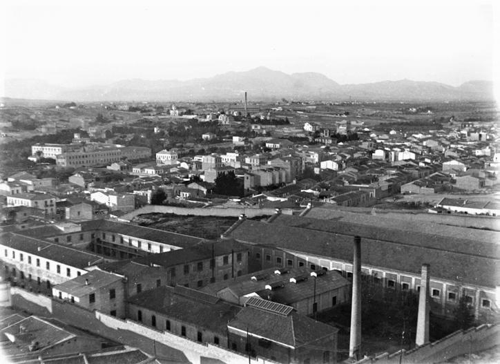 La fábrica a principios del siglo XX en una imagen del Archivo Municipal de Alicante
