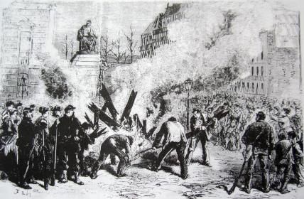 Paris destruye la guillotina