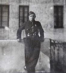 fotografia de miembro del cuerpo de seguridad de la II republica guerra civil año 1936
