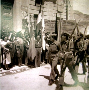 00_columnamixtamilicianosAlcoi_caminoAlicante 06-08-1936_frente Espejo