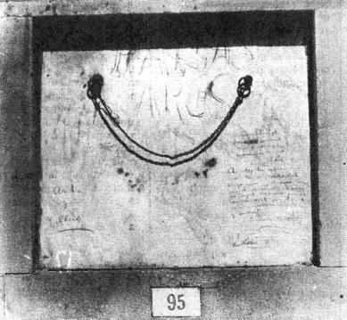 Tumba cementerio civil Montjuic_1931_Archs y Pallas-La Calle 25-09-1931