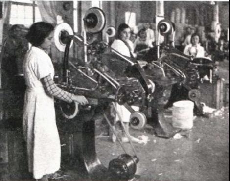 00_PapelerasColectivizadasAlcoi [1936-1939]_Operariasfabrica.png