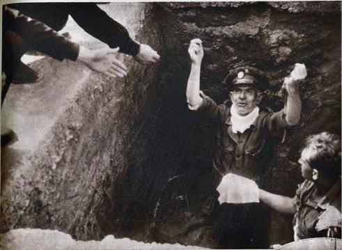 Exhumación Primo de Rivera_Cementerio de Alicante abril 1939_05