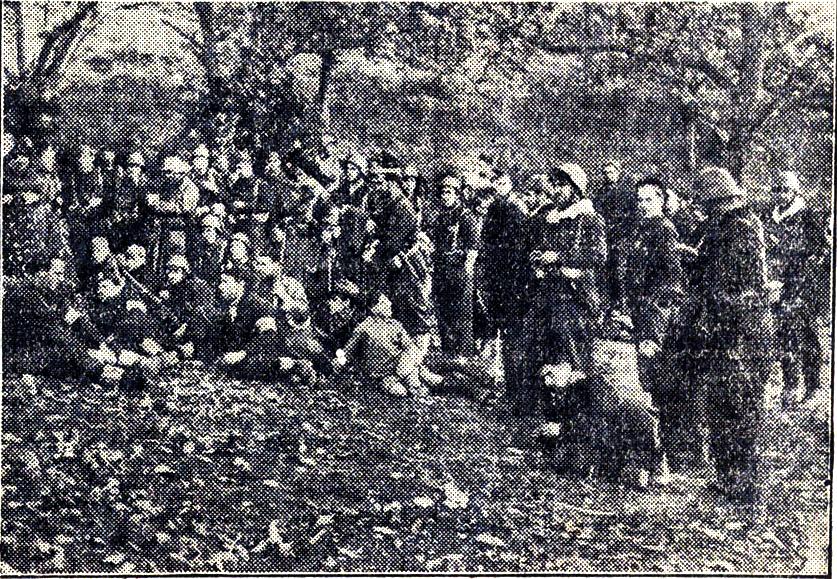 Miliciana alocución mimebros bat Rusia_Asturias nov, 1936