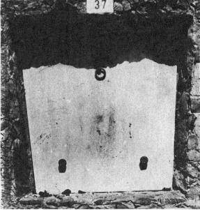 Tumba cementerio civil Montjuic_1931_Teresa Claramunt-La Calle 25-09-1931