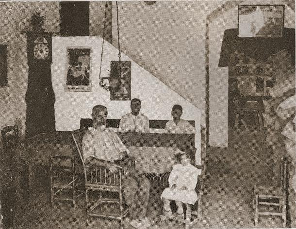 interior_MasGerminal Pepet i els seus fills mes un treballador_Arxiu Fundació Ferrer i Guardia