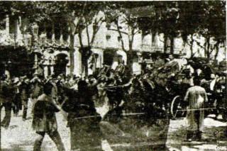 Fco Ferrer Guardia_llegada a Barcelona tras salir de la cárcel de Madrid_1907