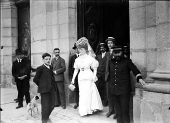 Soledad Villafranca_saliendo juzgado Madrid_1907 IISH