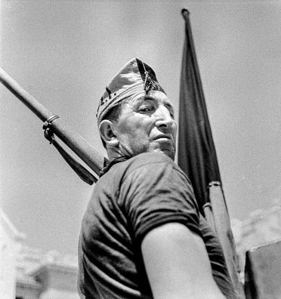 Milicià a la Caserna Bakunin_1936_Antoni Campañà Arxiu