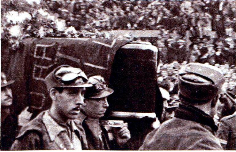 regards-sur-le-monde-du-travail-19361203_entierro-durruti