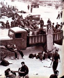 regards-sur-le-monde-du-travail-19361203_milicianos-descansando-madrid