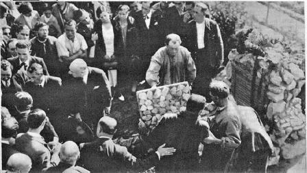 Traslado restos de Ferrer Guardia_nicho Cementerio Civil de Montjuich_Ahora 15-11-1932