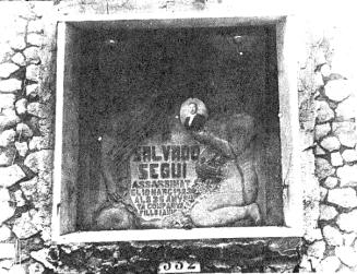 Tumba cementerio civil Montjuic_1931_Salvador Seguí-La Calle 25-09-1931