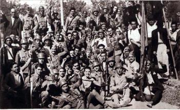 Soldados y milicianos_Valencia julio 1936_Cronica Foto Vidal