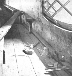 Atentado en Valencia_Teatro Apolo-anfiteatro-_sin heridos_Mundo Grafico junio 1920_02