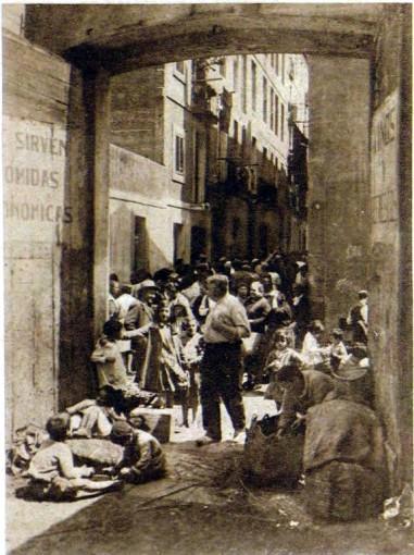 Carrer Arc del teatre_Mercado diurno_11 juny 1930_page12