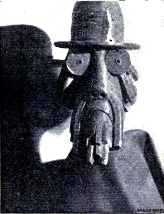 L'espia germanòfil_L'inspector de policia Bravo Portillo fou desenmascarat per La Soli a començaments del 1918 com espia al servei de l'embaixada alemanya_Va ser destituit_A Bravo Portillo Li agradava deixar veure els seus bigotis pels cabarets del Xino i el Paral·lel