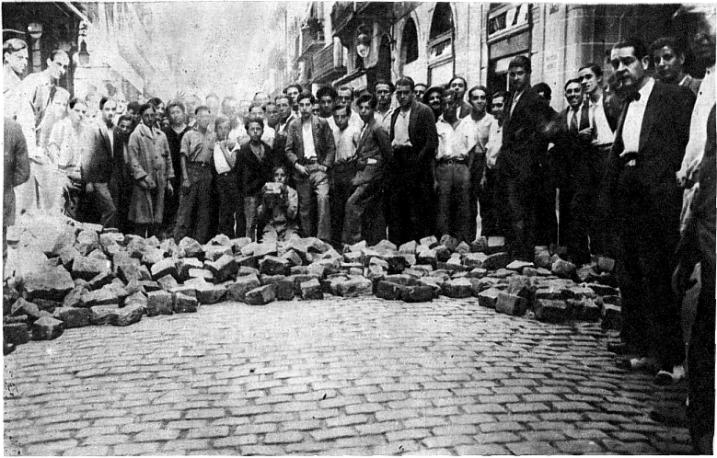 sucesos_barricada calle princesa de Barcelona_1931